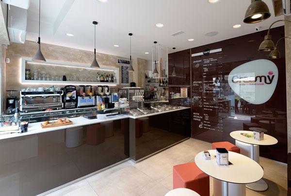 "Arredamento gelateria – caffetteria ""Creamy""- Brescia"